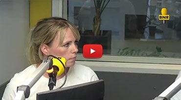 'Anne Liem, onze zorgmanager is geïnterviewd door BNR Radio om wat meer te vertellen over proctologie'.
